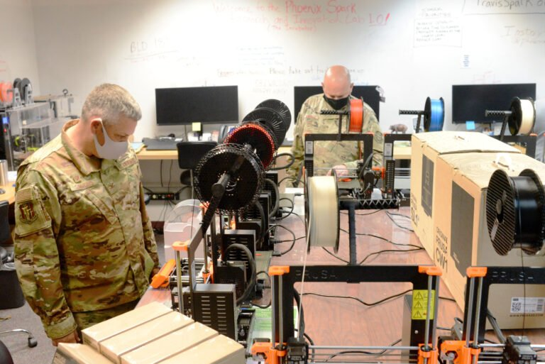 Groups donate more than a dozen 3-D printers to Travis Air Force Base blog featured image